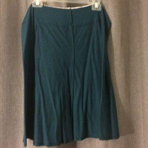 Reversible knit skirt